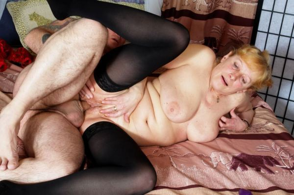 порно фото пожилых дам