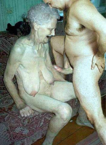 фото видео голой старухи